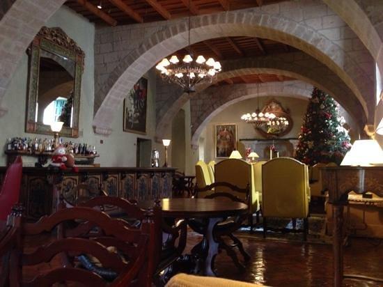 Belmond Hotel Monasterio: lobby bar