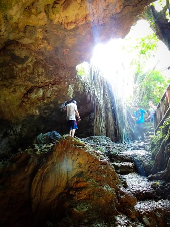 Cueva de Morgan: Una cueva algo interesante