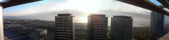 Hilton Diagonal Mar Barcelona: View from exec lounge on 15th floor