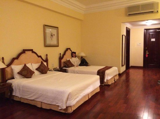 Hotel Saigon Morin: Large room