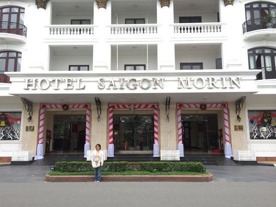 Hotel Saigon Morin: The frontage of the hotel