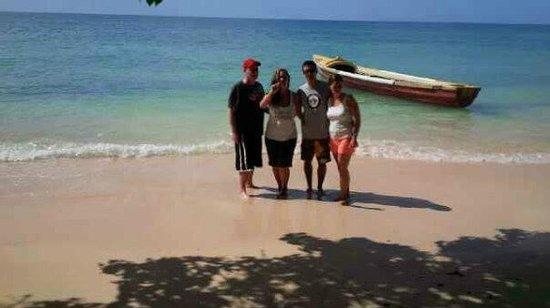 PPP Tran Tours Jamaica: a local beach