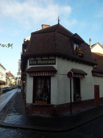 Les Berceaux: Restaurant