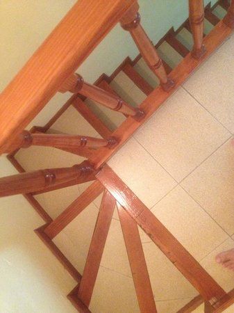 Bungalows Grimanesa: Лестница