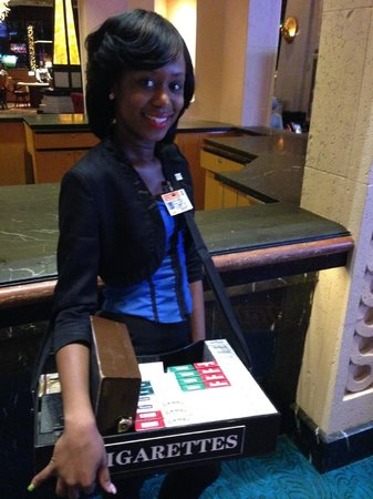 Hotel Riu Palace Paradise Island: Cigarette Girl at Atlantis Casino