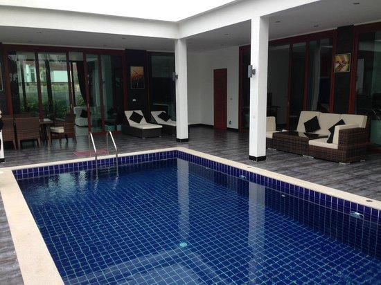Lotus Villas & Resort Hua HIn: Villa Pool