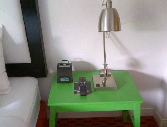 The Sunburst Calistoga: Night stand next to bed