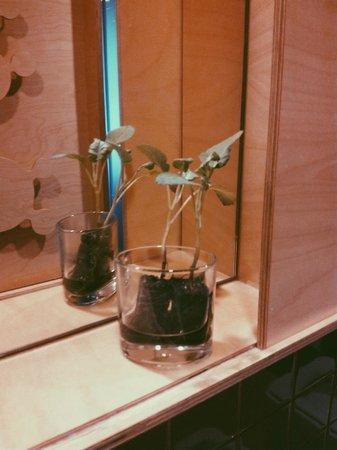 Casa das Penhas Douradas: Pormenor no WC.
