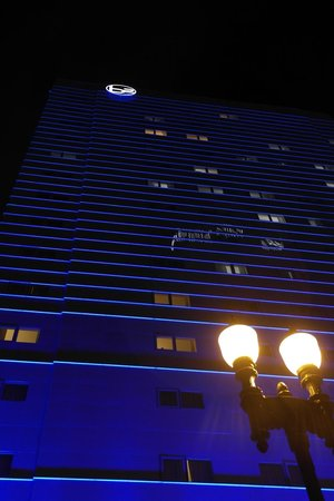 YVE Hotel Miami : Hôtel de nuit