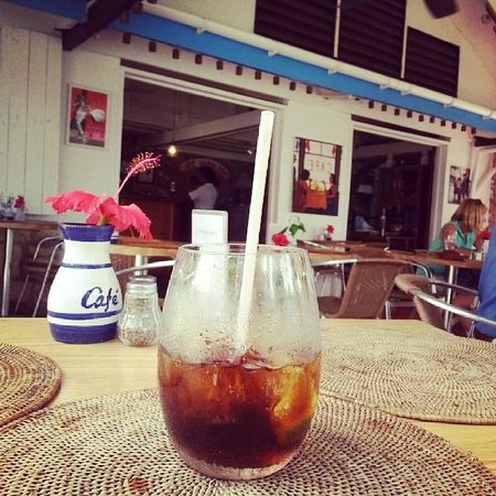 Cafe Napoleon: Chilling on a Saturday afternoon, waiting on a tasty mahi mahi dish!