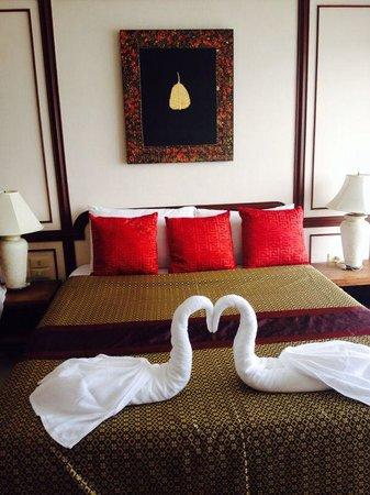 White Sand Beach Hotel: Room