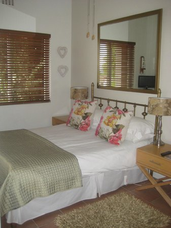 Bluegum Hill Guesthouse and Apartments: chambre 5