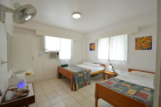 Nadi Bay Resort Hotel : Simple, clean rooms