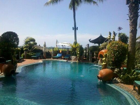 Boomerang Village Resort : piscine