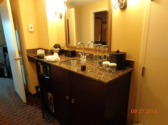 Embassy Suites by Hilton Orlando Lake Buena Vista South: Wet bar