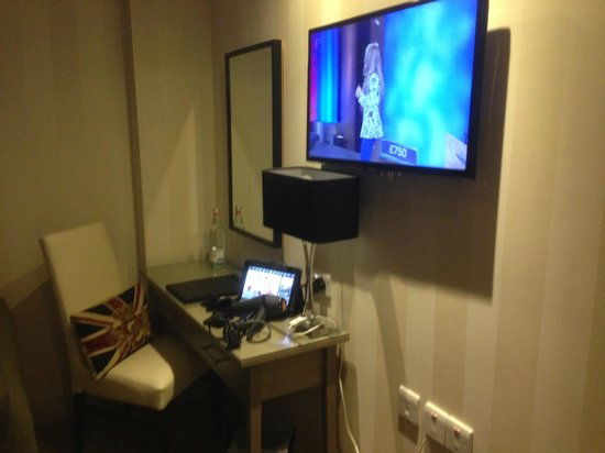 Hotel Xenia, Autograph Collection: nice size TV screen and touch pad operated - nice touch
