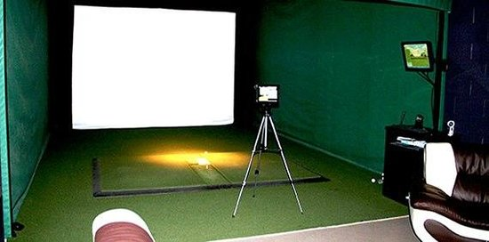 Extreme Indoor Golf
