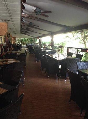Hotel Valle del Rio: Outside breakfast area