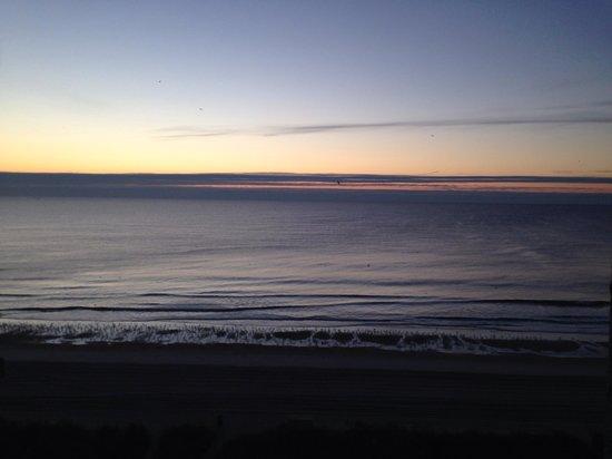 The Patricia Grand, Oceana Resorts : Beautiful sunrise view from balcony