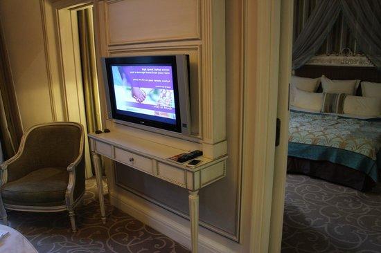 Hotel Balzac: room