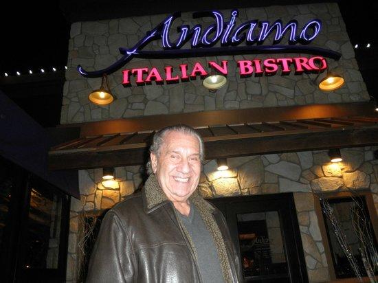 Andiamo Italian Bistro : front of the place...