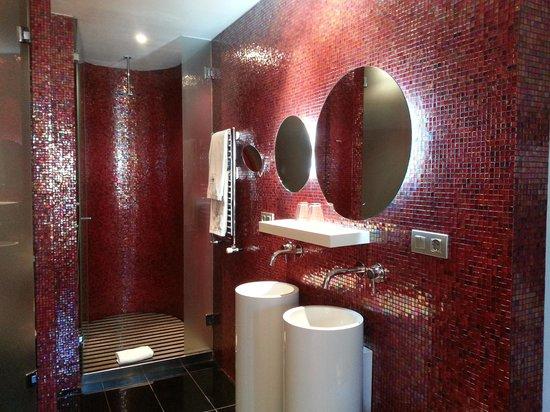 Eurostars BCN Design: BCN Bath