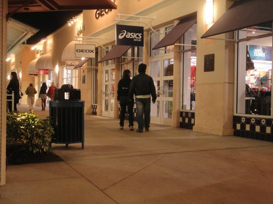 9570267949 Lojaaasss - Picture of Orlando Vineland Premium Outlets, Orlando ...