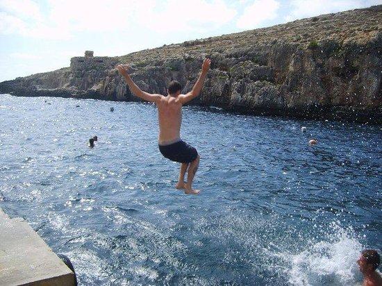 Alexandra Hotel Malta: Vicino alla grotta blu