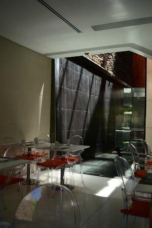 Ilum Experience Home: comedor