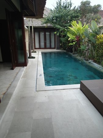 Mahagiri Villas : The pool was just big enough, and cool enough in the heat