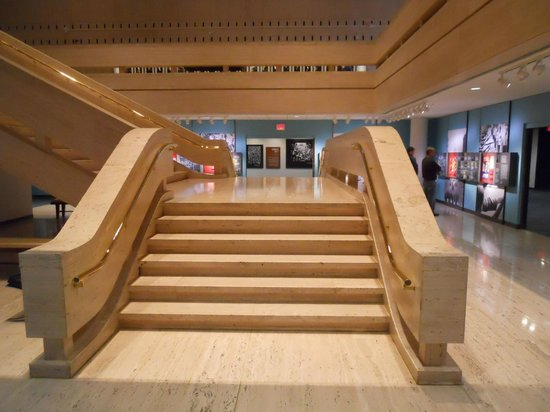 LBJ Presidential Library: Side lobe of the grand staircase