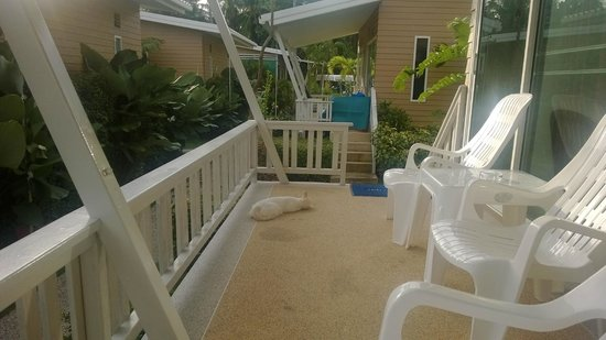 Rimlay Villas: Terrasse