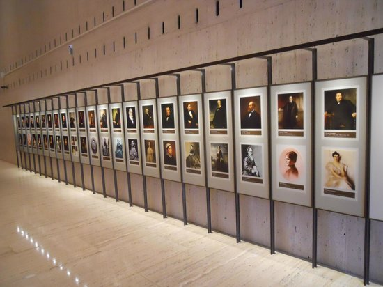 LBJ Presidential Library: Hall of fame of all US presidents and their wives and women