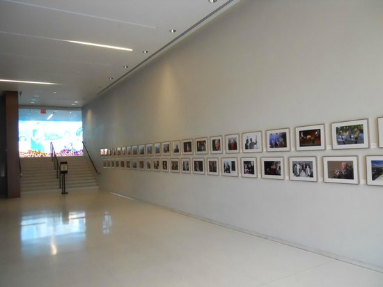 LBJ Presidential Library: Picture gallery near the Lady Bird auditorium