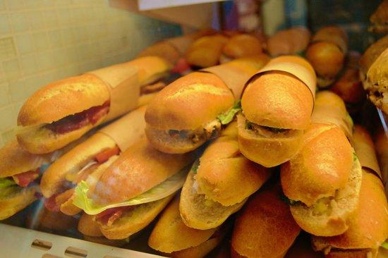 La Boulange de Fillmore: Mini french bread sandwiches