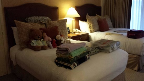 Grand Geneva Resort & Spa: Our room was messy when we left for the day. This was how it was when we returned after lunch. M