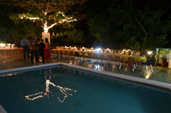 Bay View Eco Resort & Spa: Night Ambiance