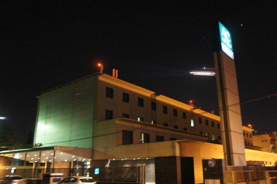 AC Hotel Coslada Aeropuerto: Fachada del hotel