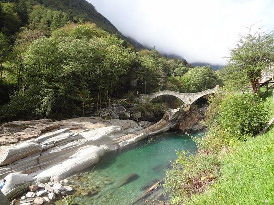Valle Verzasca - Ponte dei salti