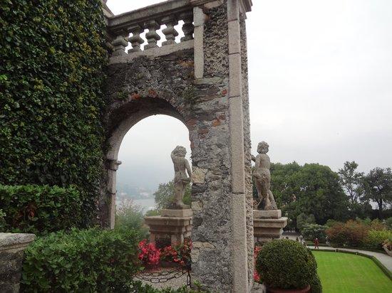 Isola Bella: garden of Palazzo Borromeo