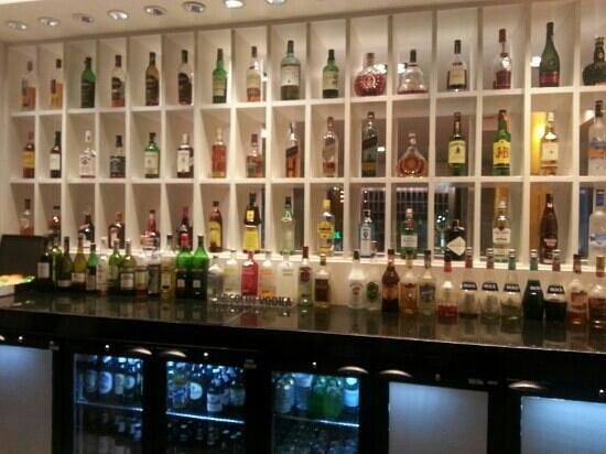 Holiday Inn Bangkok: Lobby Bar