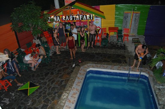 Hostal Casa Jamaica: party