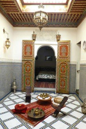 Riad Kettani : habitación
