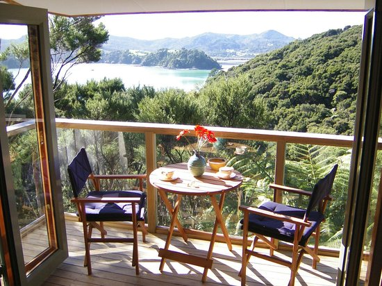 A Tranquil Place B&B: view breakfast area