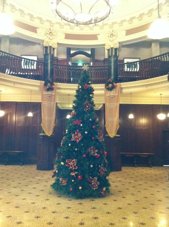 Rendezvous Hotel Melbourne: The Christmas tree