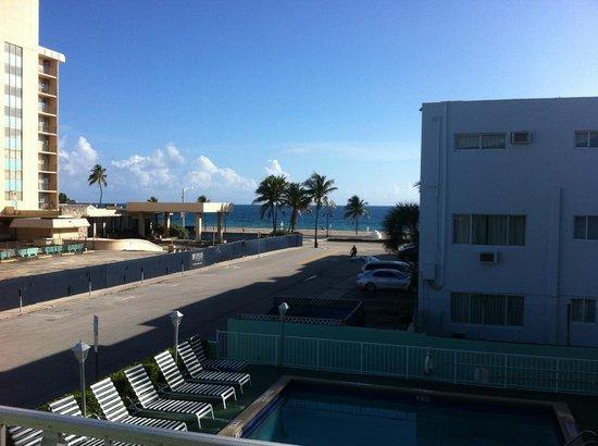 Premiere Hotel: Vista da varanda da suíte 201