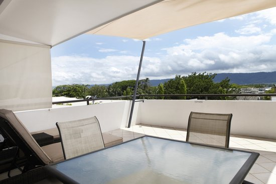 Saltwater Luxury Apartments: 2 Bedroom Penthouse Balcony