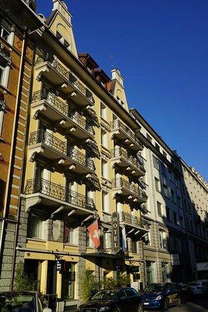 Hotel Alpina Luzern: Aussenansicht