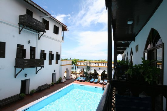Tembo House  Hotel & Apartments: View from the balcony