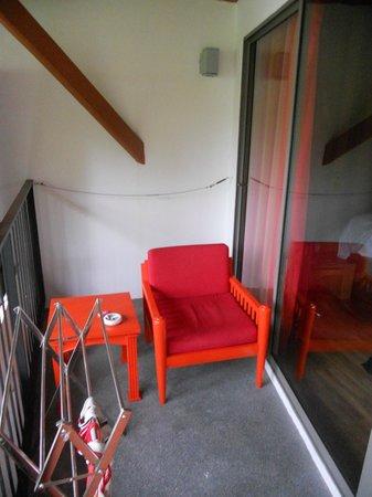 Patong Beach Hotel: balcony